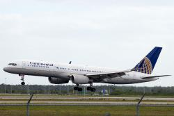 N17133 B757-224ET Continental Airlines